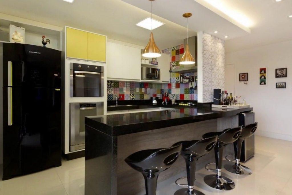 cozinha americana moderna com sala