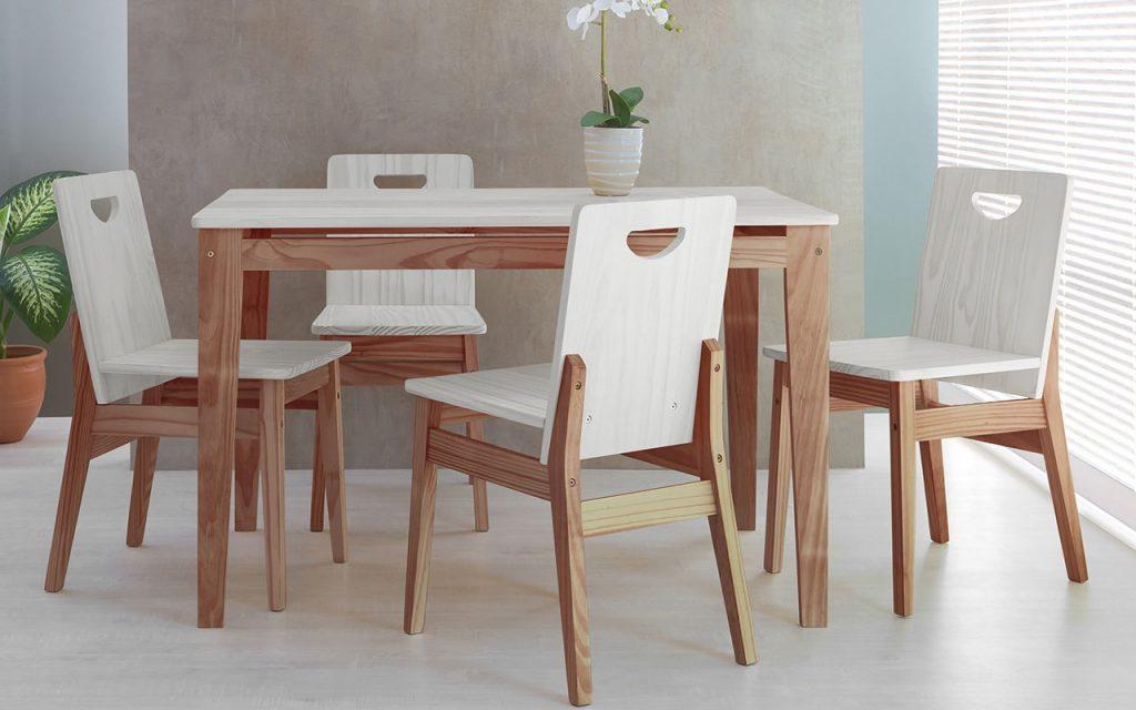 mesa com 4 cadeiras de jantar