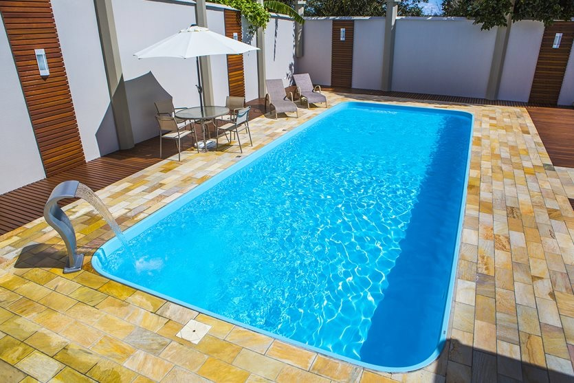 piscina de fibra tamanhos