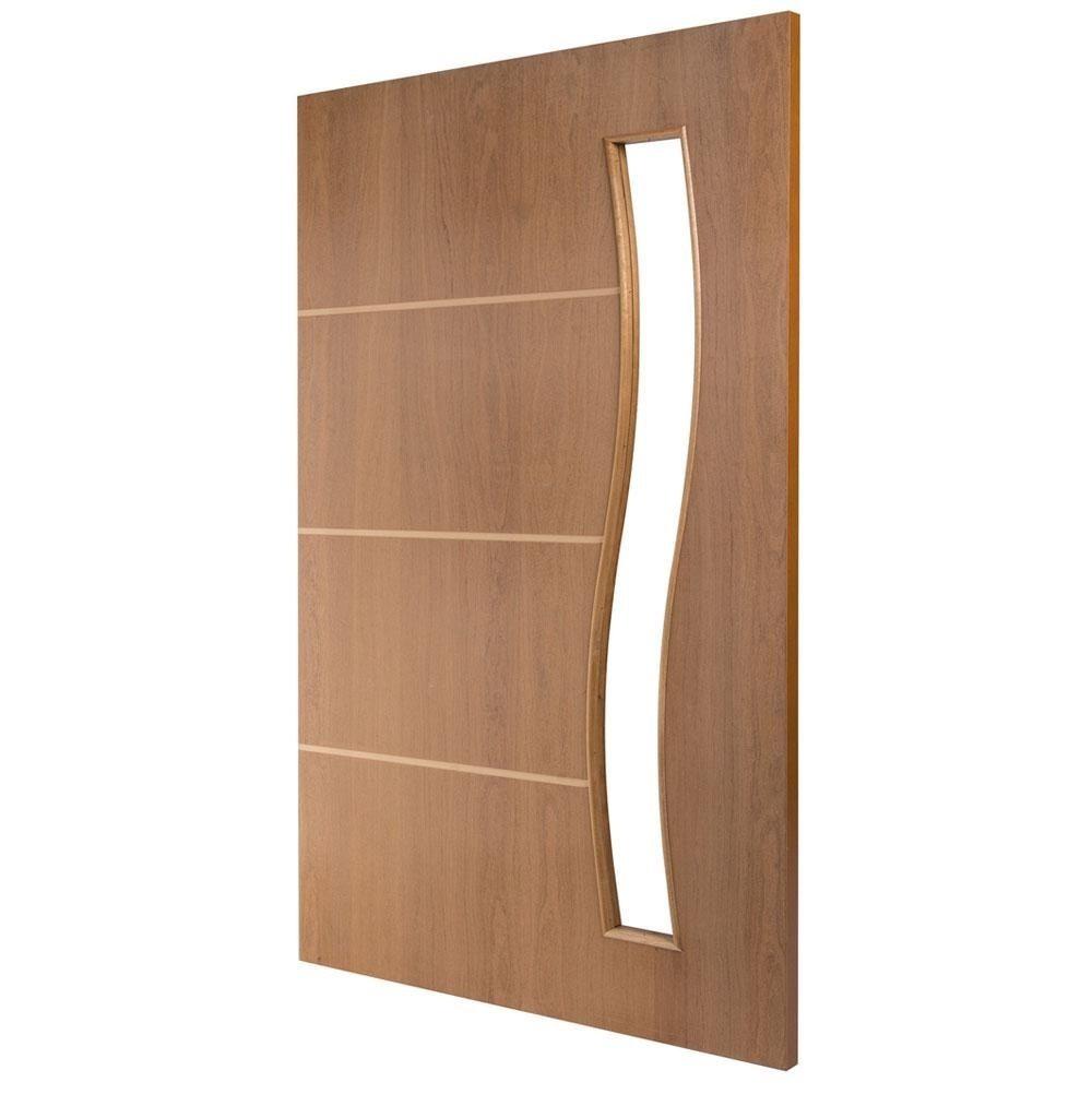 porta de madeira lisa com vidro