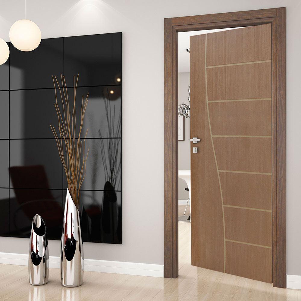 porta de madeira para o quarto