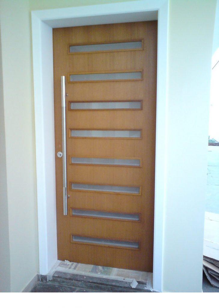 porta de madeira simples