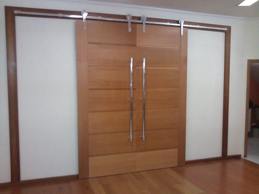 portas de madeira de correr