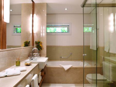 banheiros decorados com banheiras