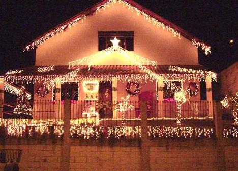 casas com luzes de natal