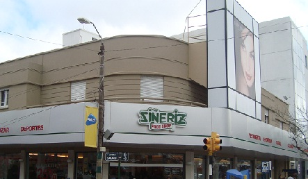 sineriz rivera free shop